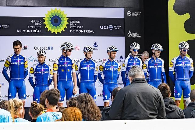 """De Quick-Step Floors-ploeg op de Grand Prix Cycliste de Montréal in 2017. """"Bij ons primeert het familiegevoel. Dat is zeer belangrijk"""", aldus Stephanie Clerckx. (Foto: Flickr)."""