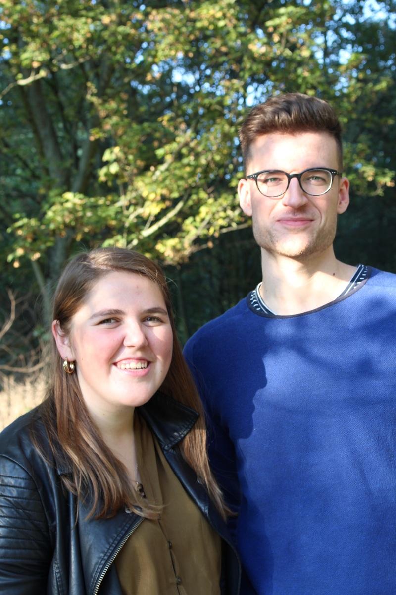 Elona en Simon, studenten ergotherapie, testten de app uit.