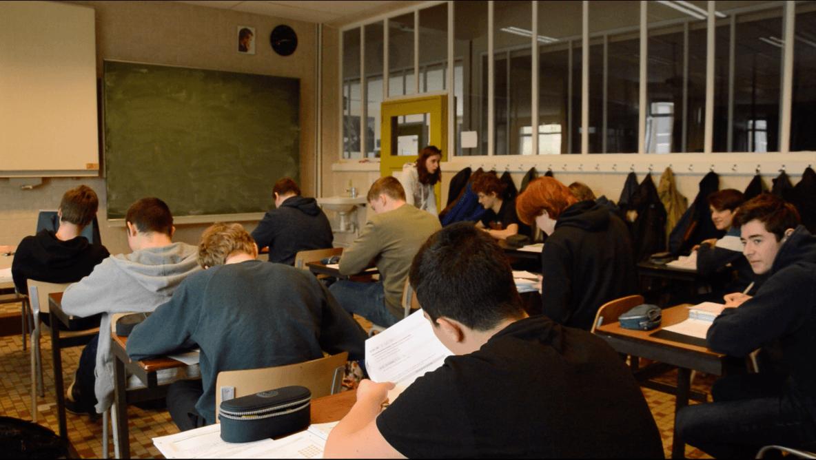 Leerlingen Don Bosco Hoboken tijdens de les - Foto: Frederik Van Vooren