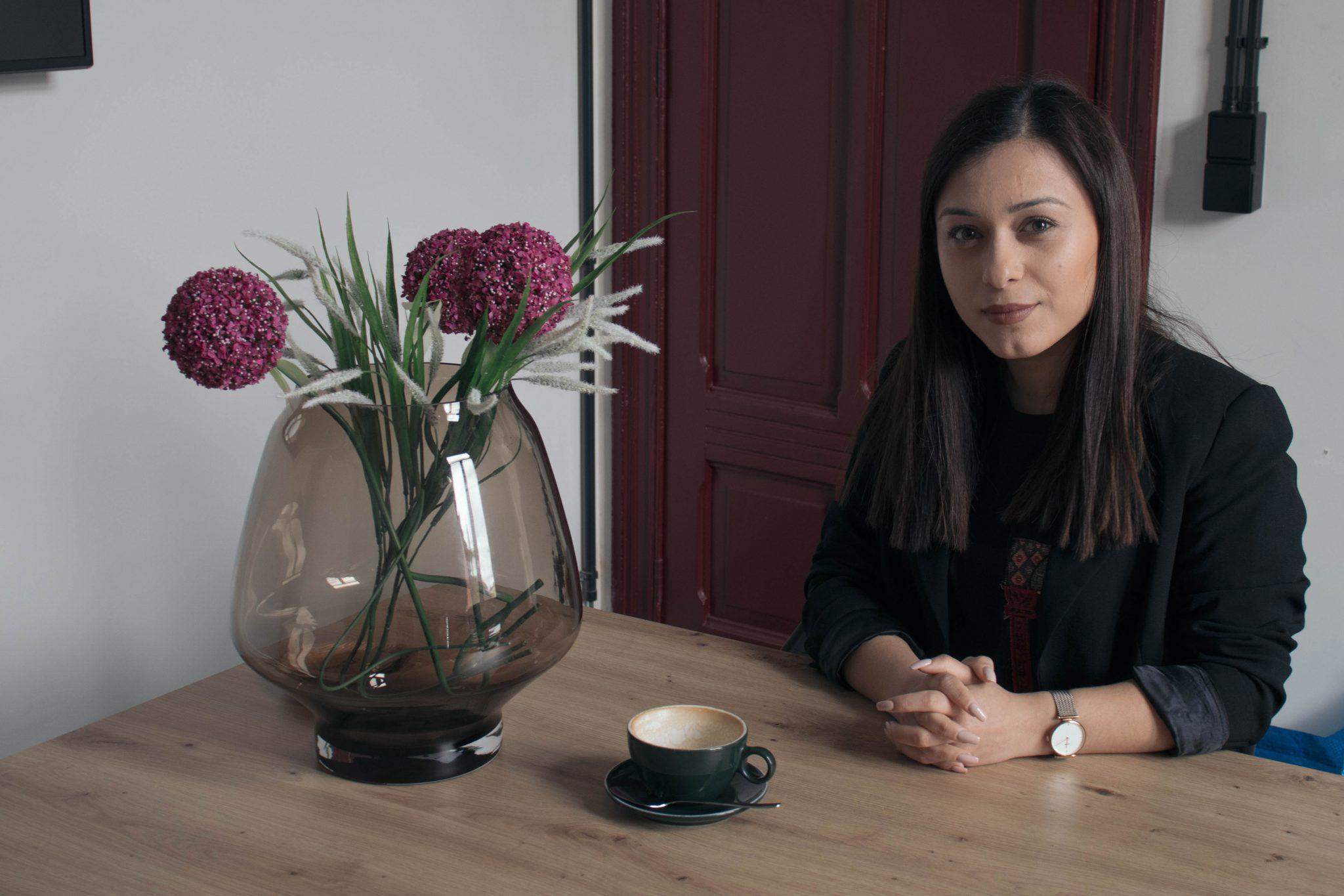 """Mariam Harutyunyan: """"Ik probeer van elke persoon die ik ontmoet iets te leren"""" (Foto: Hanne Bral)"""